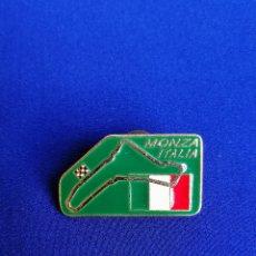 Coleccionismo deportivo: PIN -MOTOCICLISMO-MONZA-ITALIA. Lote 217715797