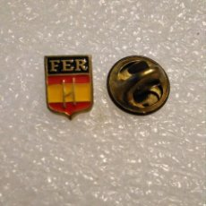 Colecionismo desportivo: PINS INSIGNIA RUGBY FEDERACIÓN ESPAÑOLA ESPAÑA. Lote 217938503