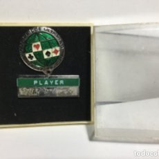 Coleccionismo deportivo: INSIGNIA WORLD BRIDGE OLYMPIAD- LAS PALMAS 1974- 3,4 CM. Lote 219848991