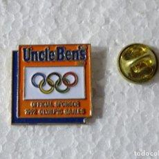 Colecionismo desportivo: PIN DE DEPORTES JUEGOS OLÍMPICOS OLIMPIADAS BARCELONA 92 1992 ALBERTVILLE. ARROZ UNCLE BEN'S. Lote 220893013