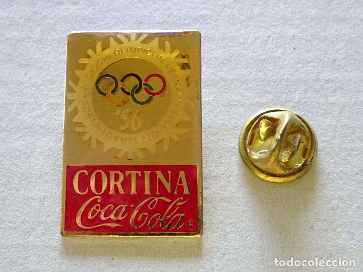 PIN DE DEPORTES. JUEGOS OLÍMPICOS DE INVIERNO CORTINA 1956 ITALIA. COCA COLA (Coleccionismo Deportivo - Pins otros Deportes)