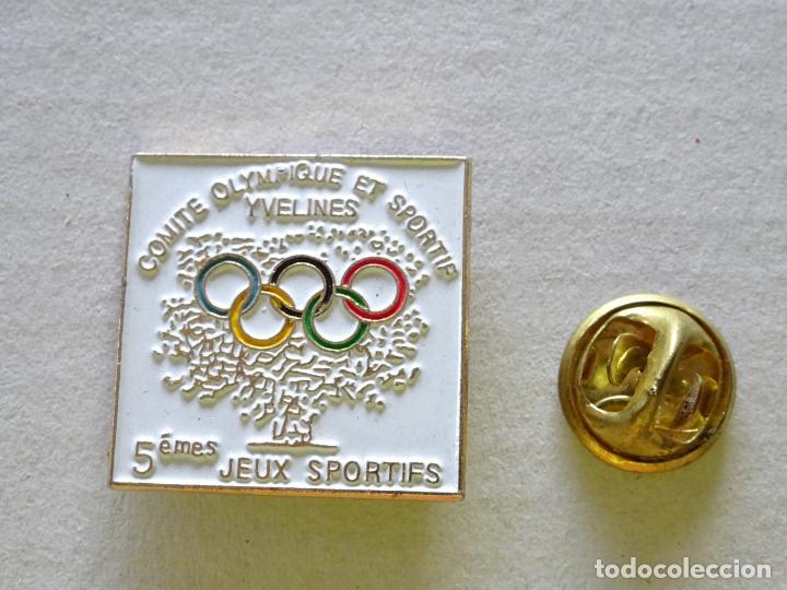 PIN DE DEPORTES. JUEGOS OLÍMPICOS COMITÉ DEPORTIVO OLÍMPICO YVELINES FRANCIA (Coleccionismo Deportivo - Pins otros Deportes)