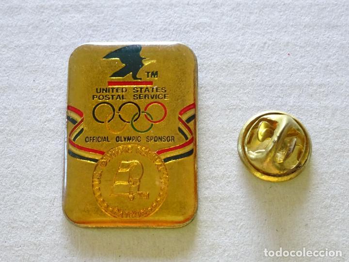 PIN DE DEPORTES. JUEGOS OLÍMPICOS TEAM USA. PATROCINADOR CORREOS Y TELÉGRAFOS US POSTAL SERVICE (Coleccionismo Deportivo - Pins otros Deportes)