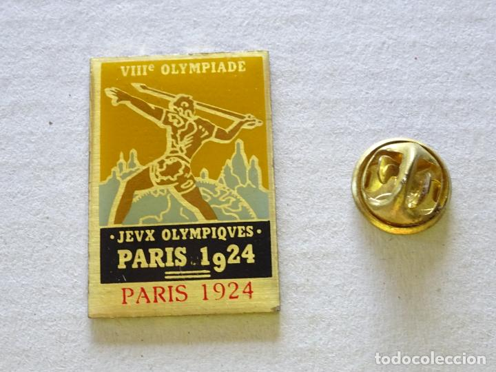 PIN DE DEPORTES. JUEGOS OLÍMPICOS OLIMPIADAS PARIS 1924 FRANCIA. CARTEL (Coleccionismo Deportivo - Pins otros Deportes)