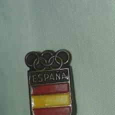 Coleccionismo deportivo: ANTIGUA INSIGNIA JUEGOS OLÍMPICOS ESPAÑA. Lote 231501615