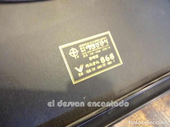 Coleccionismo deportivo: OLIMPIADA SEUL 88. Insignias oficiales conmemorativas en enmarcacion lujo. - Foto 8 - 240882040