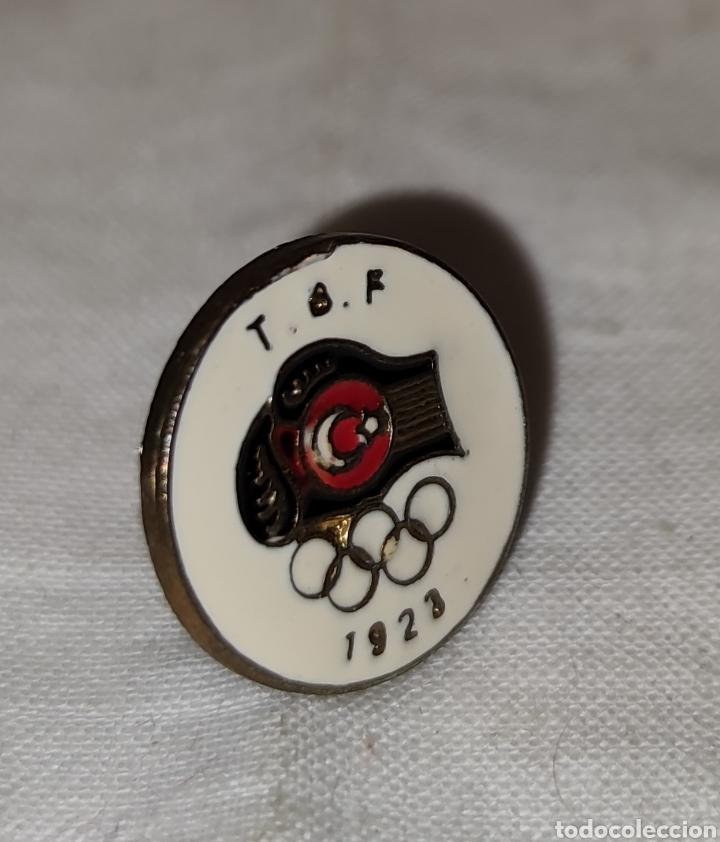 Coleccionismo deportivo: PIN T B F - JUEGOS OLIMPICOS - 1923 -Türkiye Basketbal Federasyonu - Fed de Baloncesto de Turquia - Foto 5 - 242880195