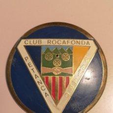 Coleccionismo deportivo: INSIGNIA PETANCA - BARCELONA - MATARO - CLUB PETANCA ROCAFONDA. Lote 243355350