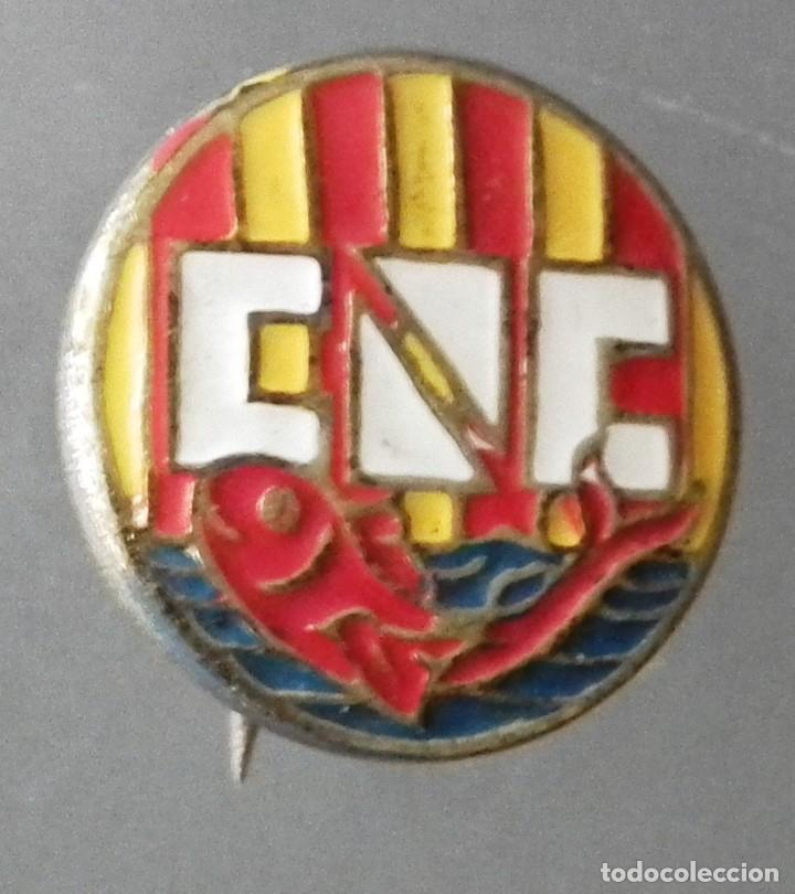 ANTIGUO PIN DE AGUJA DEL CLUB NATACIÓ CATALUNYA - C.N.C (Coleccionismo Deportivo - Pins otros Deportes)