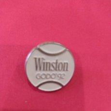 Coleccionismo deportivo: PIN TORNEO CONDE DE GODO.WINSTON.1992. Lote 255398955