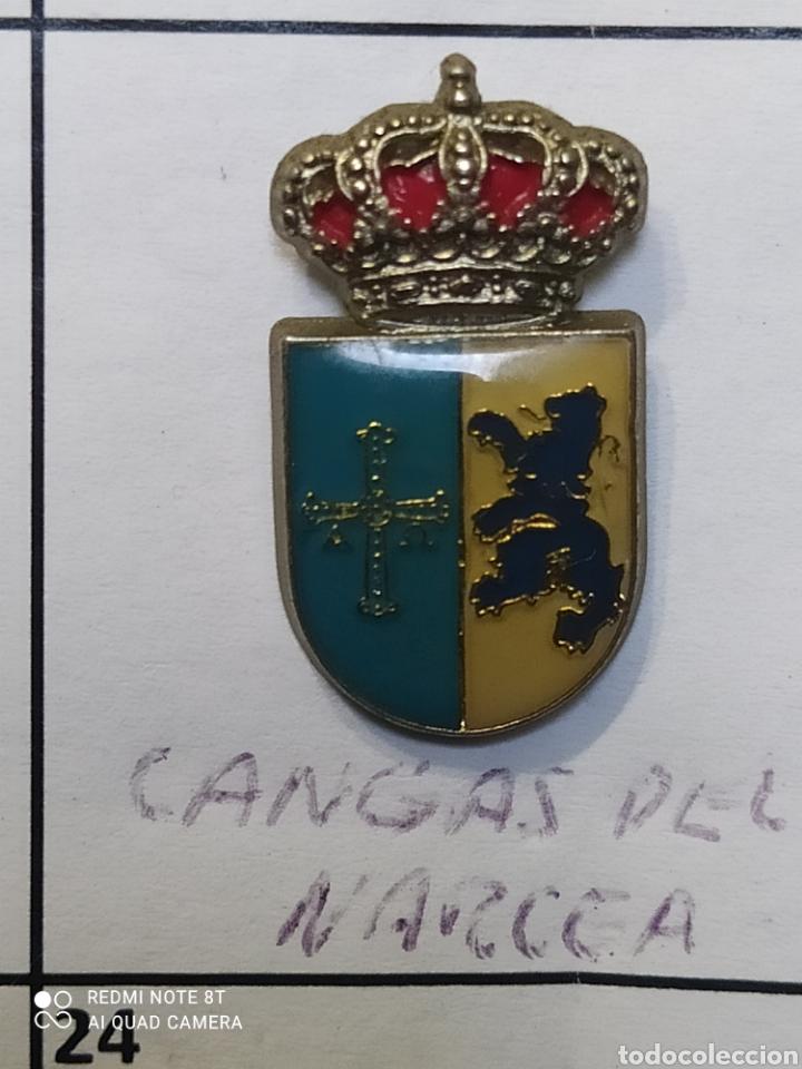 INSIGNIA HERÁLDICOS CANGAS DEL NARCEA ASTURIAS (Coleccionismo Deportivo - Pins otros Deportes)