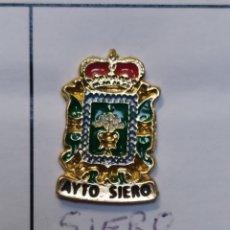 Coleccionismo deportivo: INSIGNIA HERÁLDICOS SIERO ASTURIAS. Lote 261987765