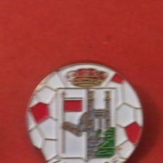 Coleccionismo deportivo: PINS DE FÚTBOL. ZAMORA CF. ZAMORA. CASTILLA Y LEÓN. Lote 262050550