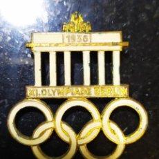 Coleccionismo deportivo: OLIMPIADA DE BERLIN 1936 INSIGNIA-PIN ORIGINAL. Lote 262083830