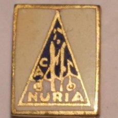 Coleccionismo deportivo: PIN ESQUI - CA NURIA. Lote 262512375