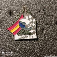 Coleccionismo deportivo: PIN CAMPEONATO MUNDIAL DE MOTOCICLISMO - JEREZ 93. Lote 266021143