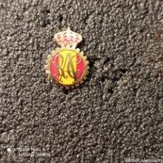 Coleccionismo deportivo: PIN REAL AUTOMOVIL CLUB DE ESPAÑA. Lote 267402434