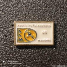 Coleccionismo deportivo: PIN ASOCIACION DE BALONMANO DE MADEIRA - PORTUGAL. Lote 268177359