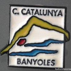 Coleccionismo deportivo: PIN CLUB CATALUNYA BANYOLES (GIRONA). Lote 271363798