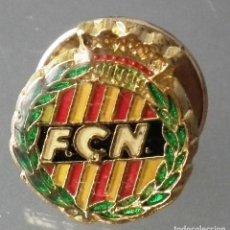 Coleccionismo deportivo: PIN F.C.N. - FEDERACIÓ CATALANA DE NATACIÓ. Lote 271368833