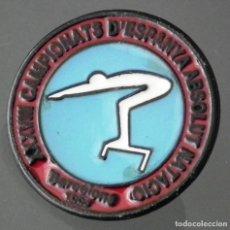Coleccionismo deportivo: PIN XXXVIII CAMPIONATS D´ESPANYA ABSOLUT NATACIÓ - BARCELONA 1994. Lote 271385513