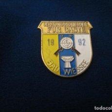 Coleccionismo deportivo: PIN DE ALFILER ANTIIGUO. Lote 276789178
