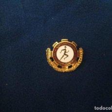 Coleccionismo deportivo: PIN DE ALFILER ANTIGUO. Lote 276796833