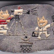 Coleccionismo deportivo: PIN DE COBI PERIODISTA-CAMARA TV DE LAS OLIMPIADAS DE BARCELONA 92 (NUEVO) RTO. Lote 278281093