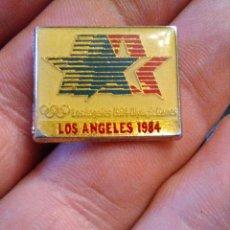 Coleccionismo deportivo: PINS OLIMPIADAS DE LOS ÁNGELES USA 1984 OLIYMPIG GAMES. Lote 280108498