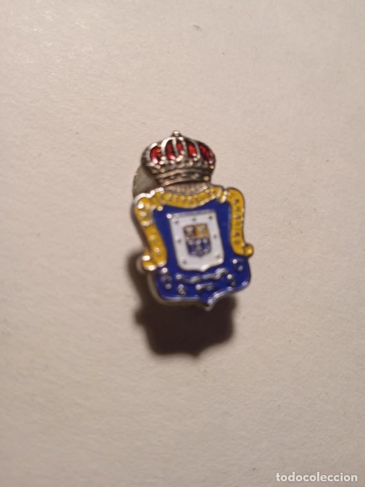 PIN - INSIGNIA ESMALTADO U.D. LAS PALMAS. CANARIAS. (Coleccionismo Deportivo - Pins otros Deportes)
