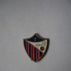 Coleccionismo deportivo: ESCUDO UD AGAETE. Lote 6377133