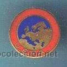 Coleccionismo deportivo: U.E.F.A. UNIÓN EUROPEA DE FÚTBOL ASOCIADO. INSIGNIA ESMALTADA ANTERIOR A 1970.. Lote 21344798