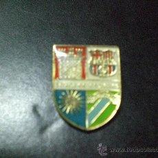 Coleccionismo deportivo: PIN BARCELONA PEÑA PENYA BARCELONISTA SOLANA DE LOS BARROS. Lote 21911148