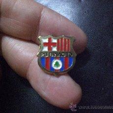 Coleccionismo deportivo: PIN BARCELONA PEÑA PENYA BARCELONISTA BINACED. Lote 15283612