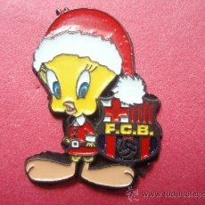 Coleccionismo deportivo: PIN DEL PIOLIN DEL F.C.BARCELONA. Lote 25485368