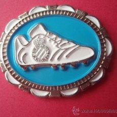 Coleccionismo deportivo: BONITO PIN DEL R.C.D.ESPAÑOL. Lote 25132610