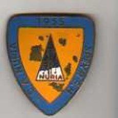 Coleccionismo deportivo: IMPORTANTE PIN MEDALLA C.A. NURIA -1955 SPEYR S.H.. Lote 18703597