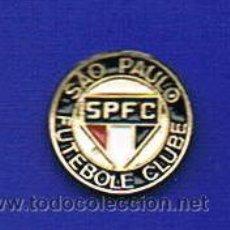 Coleccionismo deportivo: PIN DEPORTIVOS, EQUIPO FÚTBOL BRASIL, SAO PAULO F.C.. Lote 20350812
