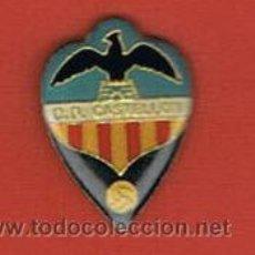 Coleccionismo deportivo: PIN DEPORTIVOS, EQUIPO FÚTBOL ESPAÑA, C.D. CASTELLÓN. Lote 20476128
