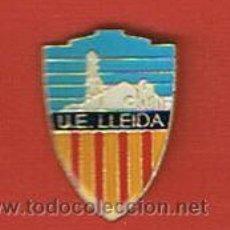 Coleccionismo deportivo: PIN DEPORTIVOS, EQUIPO FÚTBOL ESPAÑA, U.E. LLEIDA. Lote 20476150