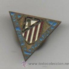 Coleccionismo deportivo: INSIGNIA PIN DE FUTBOL DEL ATLETICO DE MADRID ATLETI PEÑA ATLETICA VICALVARO. Lote 27007445