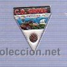 Coleccionismo deportivo: PIN DEPORTIVO EQUIPO DE FUTBOL DE ESPAÑA. C. D. GROVE.. Lote 22276102