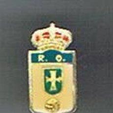Coleccionismo deportivo: PIN DEPORTIVOS, EQUIPO DE FÚTBOL ESPAÑA, REAL OVIEDO C.F.. Lote 22626143