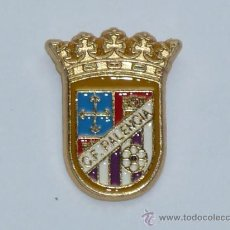 Coleccionismo deportivo: ESCUDO DEL CLUB DE FUTBOL DE PALENCIA. Lote 221924063