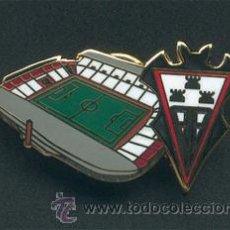 Coleccionismo deportivo: PIN ESMALTADO DEL ESTADIO CARLOS BELMONTE (ALBACETE BALOMPIÉ). Lote 99383238