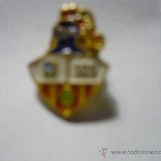 Coleccionismo deportivo: PIN FUTBOL S.D.SUECA. Lote 33188944