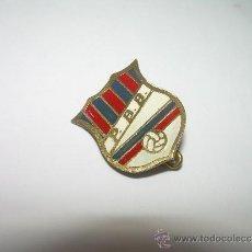 Coleccionismo deportivo: ANTIGUA INSIGNIA.......PENYA BARCELONISTA BARCINO......C.F. BARCELONA.....P.B.B.. Lote 36405330
