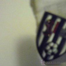 Coleccionismo deportivo: PIN FUTBOL S.D.IGUÑA. Lote 36880988