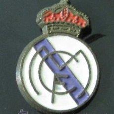Coleccionismo deportivo: PIN REAL MADRID. Lote 37114744