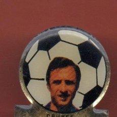 Coleccionismo deportivo: PINS FUTBOL CLUB BARCELONA CRUYFF. Lote 38408277